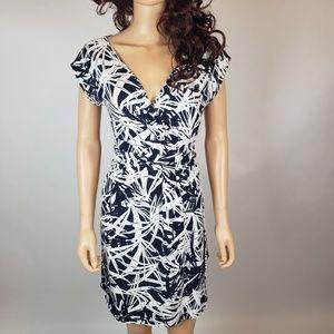 $7 w bundle LOFT Navy White Stretch Dress